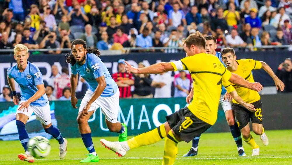 Götze marca de penalti el gol del triunfo del Dortmund sobre el Manchester City