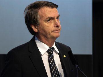 En la imagen, el candidato ultraderechista brasileño, Jair Bolsonaro