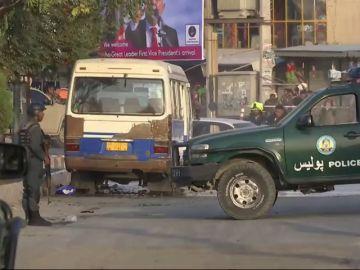 Un atentado suicida en Kabul deja 15 muertos y 60 heridos