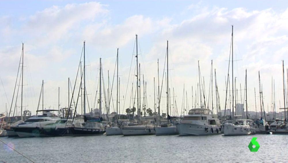 Yates en el puerto de Valencia