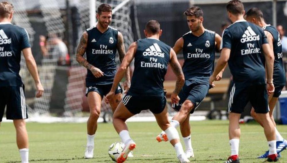 Sergio Ramos regresa a los entrenamientos con Real Madrid