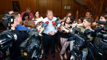 El alcalde de León, Antonio Silván, ofrece una rueda de prensa sobre la investigación del caso 'enredadera'