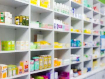 Imagen de archivo de una farmacia