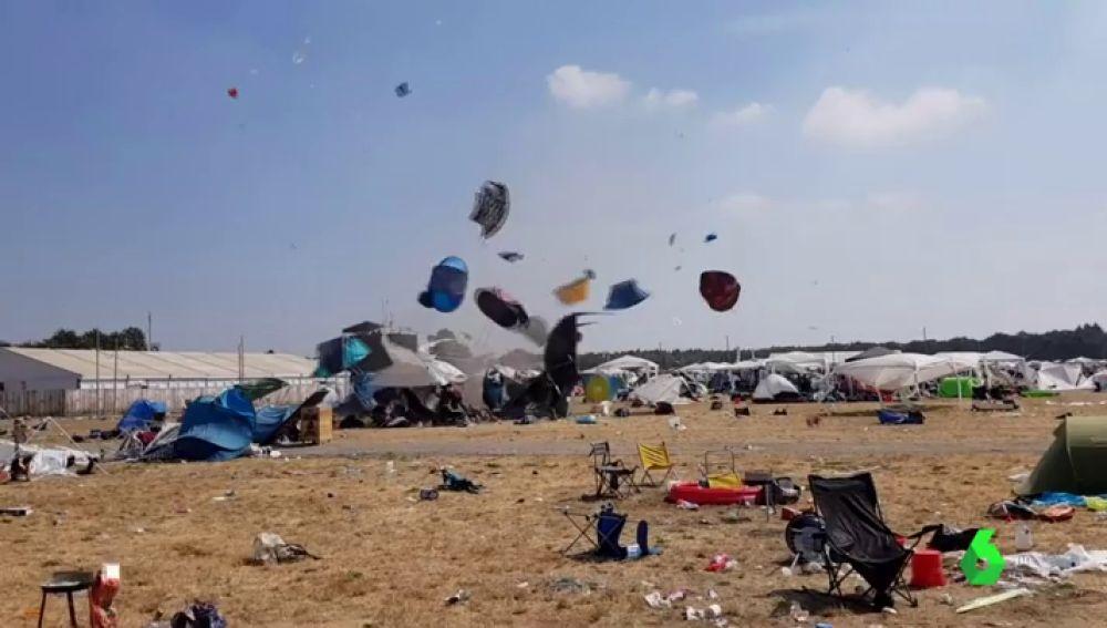 Tornado en el festival Parookaville