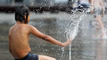 España sufre la peor ola de calor desde 1941 con máximas superiores a los 40 grados y temperaturas rércord también por la noche
