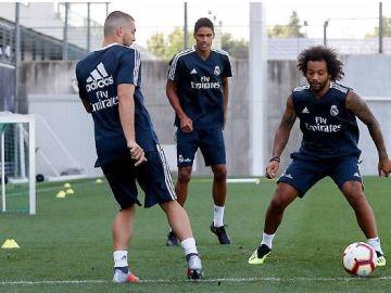 Varane y Kovacic se ejercitan junto a Marcelo en Valdebebas