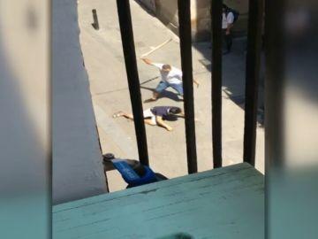 Detenido por acuchillar y golpear a un hombre en barrio Raval de Barcelona