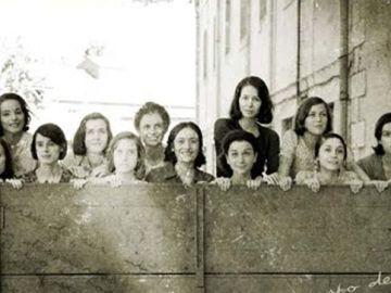 imagen de la película 'Las 13 rosas'