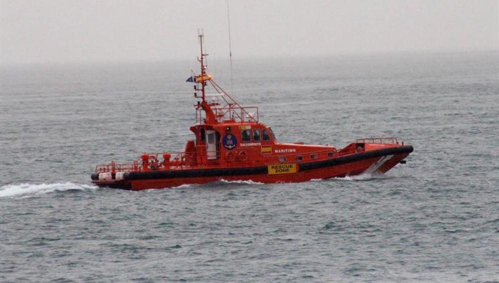 En la imagen una embarcación de Salvamento Marítimo