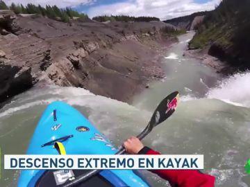 El espectacular salto de Aniol Serrasolses en Canadá: se lanza con su kayak por una cascada de 30 metros
