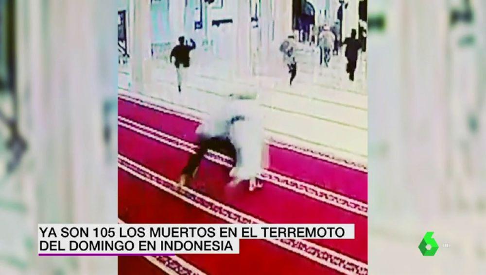 Nuevas imágenes del brutal terremoto de Indonesia: el pánico cundió en una mezquita de Bali