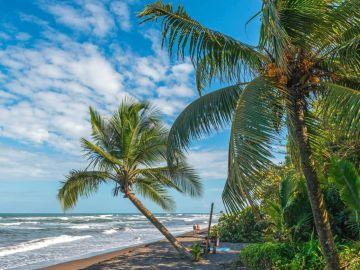 Playa de la Tortuguera, donde veraneaba la turista asesinada