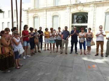 Concentración en San Fernando de Henares por la joven asesinada en Costa Rica