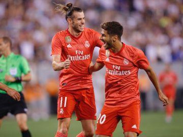 Bale y Asensio celebran el gol del Real Madrid