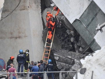 Escombros del puente de Génova