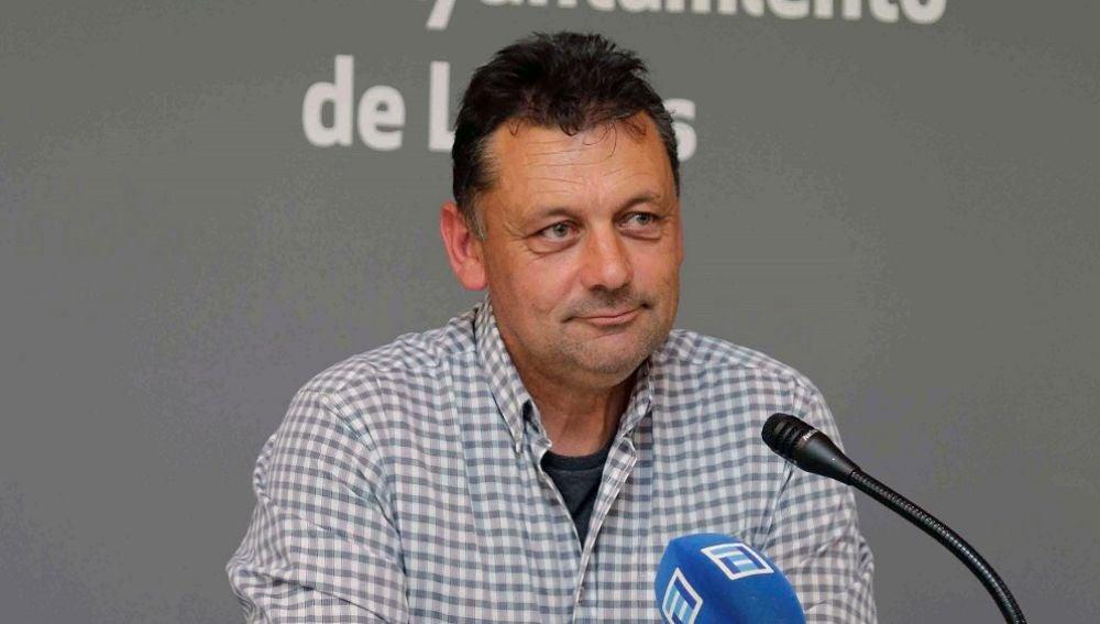 Fotografía de archivo del concejal de IU en Llanes, Javier Ardines