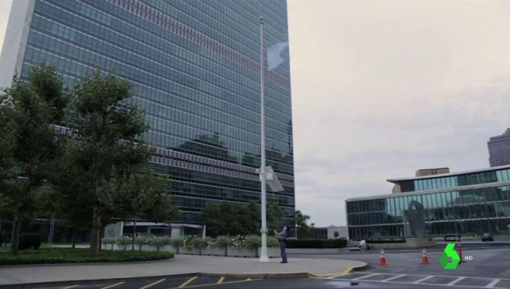 Banderas a media asta en la sede de la ONU