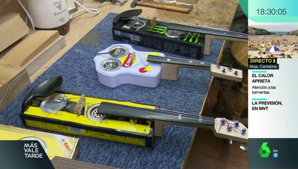 Cajas de puros, tenedores, latas de refresco: un proyecto musical recicla la basura para crear instrumentos