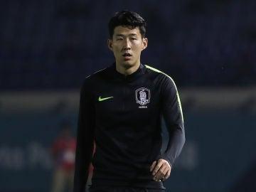 Heung Min Son en un partido con Corea del Sur