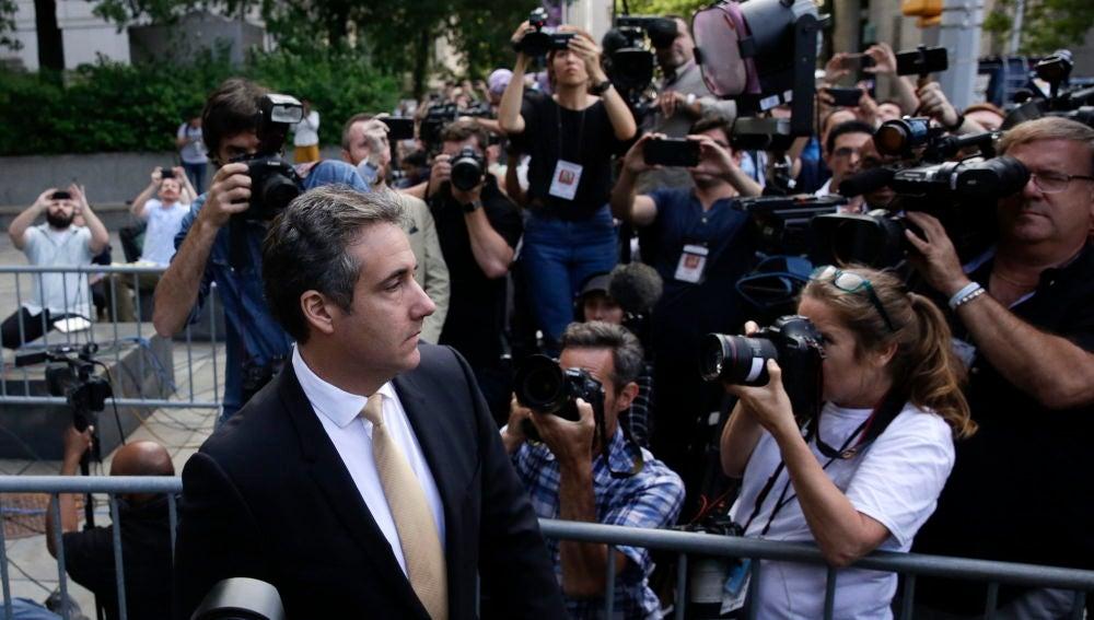 Michael Cohen (i), exabogado de Donald Trump