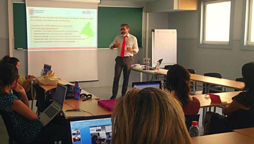 La Universidad Rey Juan Carlos Ficha Para Impartir Clases A Un