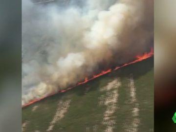 Activos dos incendios forestales en el parque natural de O Invernadoiro, en Ourense