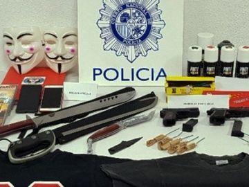 Los objetos encontrados en los registros en Toledo durante la detención