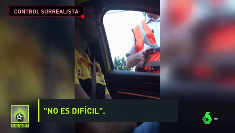 El surrealista control de alcoholemia a Carlos Sainz a la salida del circuito de Spa