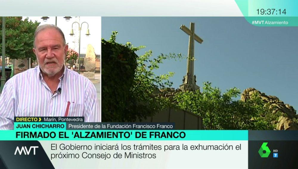 """Juan Chicharro: """"Franco pudo haber quemado las fosas de los republicanos, pero les quiso dar un entierro digno"""""""