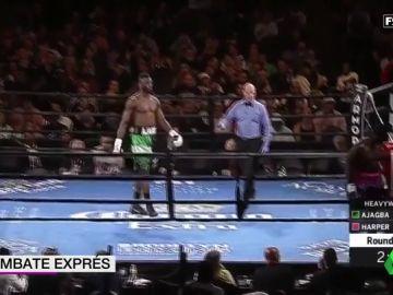 El boxeador Curtis Harper abandona un combate en el primer segundo y se baja del ring