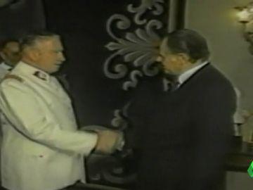 Ordenan decomisar 1,3 millones de euros que Pinochet se llevo de los fondos reservados