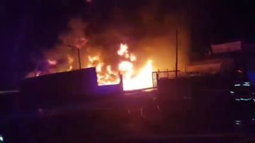 Se declara un incendio en una fábrica de Alginet, en Valencia