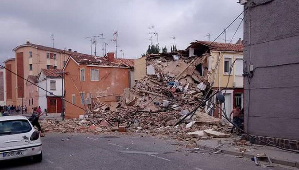 Una casa de Burgos se derrumba tras una explosión en Burgos
