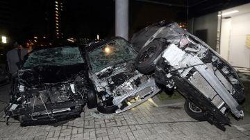 Coches destrozados como consecuencia de las fuertes rachas de viento por el tifón Jebi, en Osaka, Japón