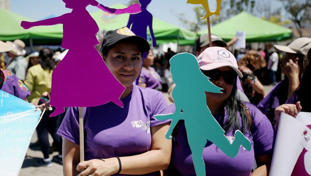 Mujeres se manifiestan en Guatemala contra el acoso callejero