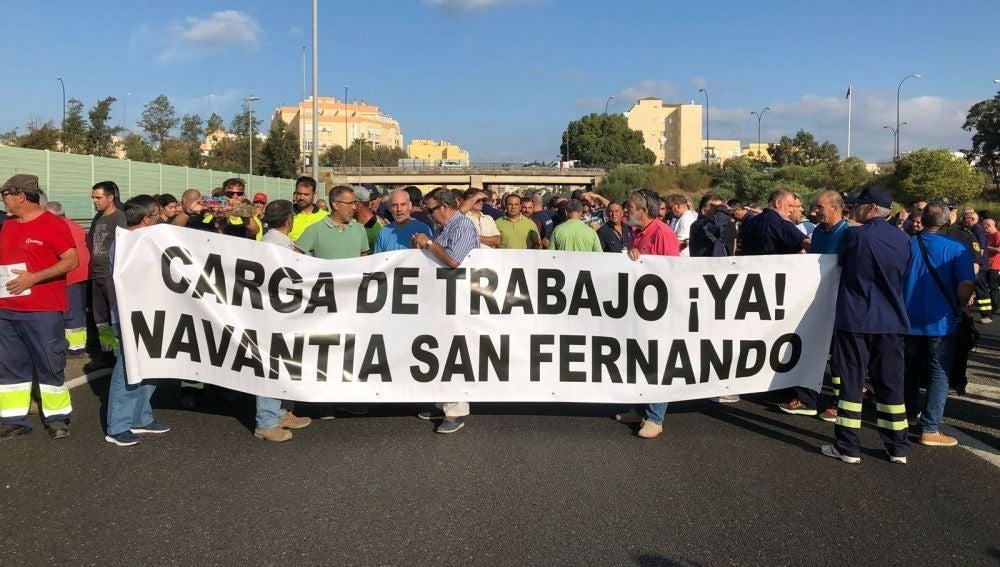 Fotografía facilitada por el Comité de Empresa de Navantia de los trabajadores del astillero de Navantia de San Fernando
