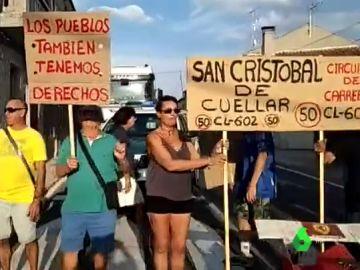 Los vecinos de San Cristóbal de Cuéllar piden más seguridad en su carretera autonómica