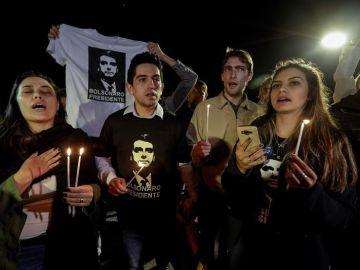 Simpatizantes del candidato a la presidencia de Brasil Jair Bolsonaro