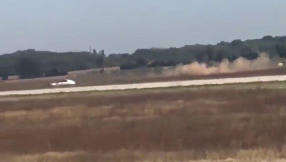 Detenido un hombre tras irrumpir con su vehículo en la pista de despegue del aeropuerto de Lyon