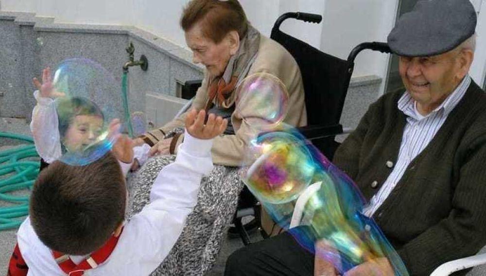 Ana y Francisco, los abuelos que volverán a vivir juntos