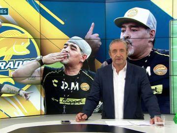 Maradona se marcó un baile en su primer entrenamiento en México