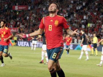 Saúl celebra su gol contra Croacia
