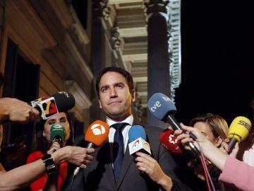 Teodoro García Egea ante los medios de comunicación