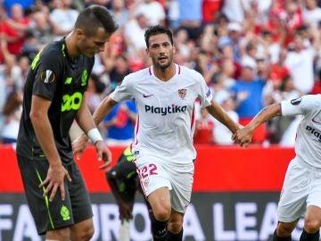 Franco Vázquez celebra su gol ante el Lieja