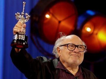 Danny DeVito recoge el Premio Donostia en San Sebastián