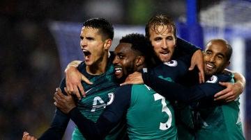 El Tottenham celebra un gol