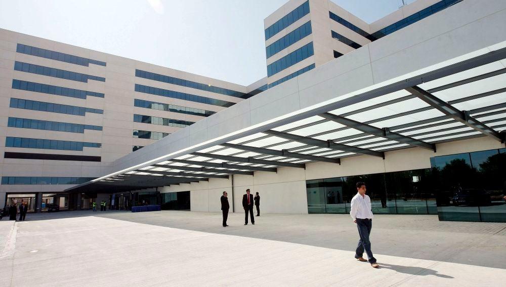 Vista general del nuevo Hospital La Fe de Valencia, donde fueron trasladados los dos niños