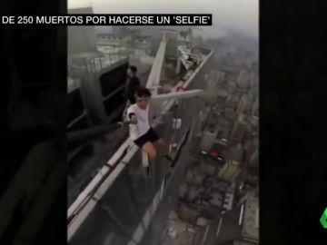 El 'postureo' llevado al extremo: más de 250 muertos en seis años por hacerse un selfie en un lugar peligroso