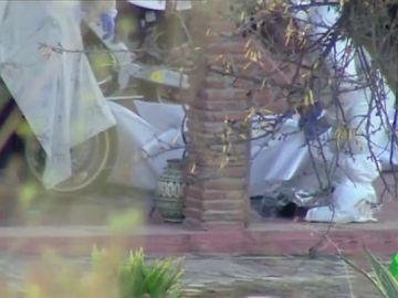 Encuentran en avanzado estado de descomposición los cadáveres de dos hombres y un hombre en una casa de campo de Coín, Málaga