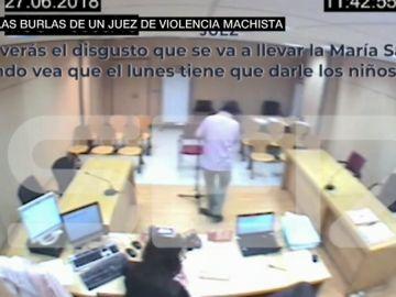 Burlas de un juez contra una víctima de violencia machista